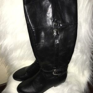 New women's black boots